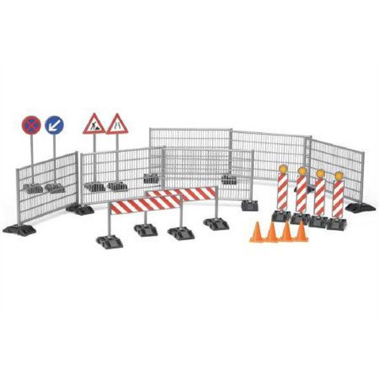 Снимка на Bruder Bworld - Accesorii pentru construcții: balustrade indicatoare rutiere 62007