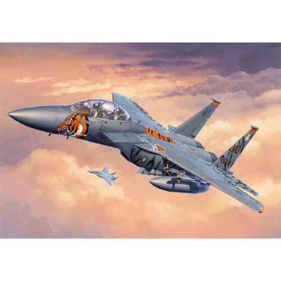 Снимка на Revell F 15E Strike Eagle 1: 144 3996