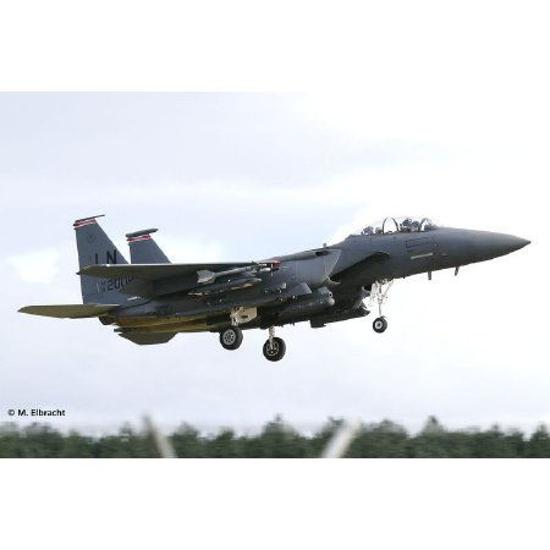 Снимка на Revell F 15E Strike Eagle  and  Bombs 1: 144 3972
