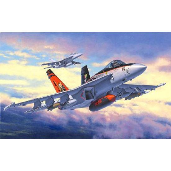 Снимка на Revell F / A 18E Super Hornet 1: 144 3997
