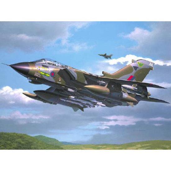 Снимка на Revell Tornado GR1 RAF 1:72 4619